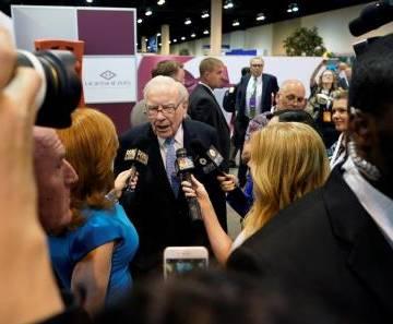 Tỷ phú Warren Buffett lời gần gấp đôi khi đầu tư vào cổ phiếu Amazon