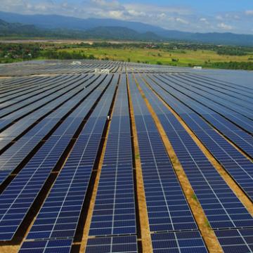 Các công ty Trung Quốc hưởng lợi từ 'cuộc đua điện mặt trời' tại Việt Nam