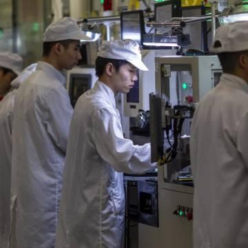 Có thể Huawei 'quá lớn để sụp đổ', nhưng các nhà cung ứng thì không