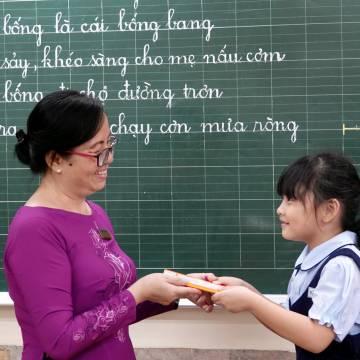 Hãy để thầy cô giáo là người thầy