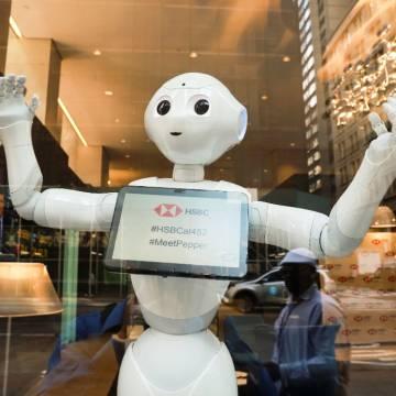 Ngân hàng HSBC triển khai robot hỗ trợ khách hàng