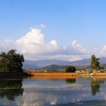 Bhaktapur, nắng thu vàng xoã hồ xanh xưa