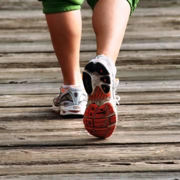 Đi bao nhiêu bước mỗi ngày thì tốt cho sức khoẻ?