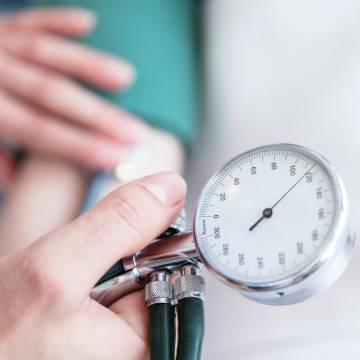 Kiểm soát huyết áp để ngăn ngừa đột quỵ lần hai