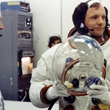 Giải mã nguyên nhân cái chết của Neil Armstrong
