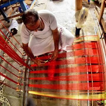 Khởi nghiệp củng cố ngành dệt lụa ở Ấn Độ