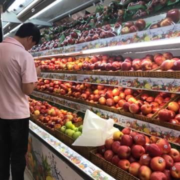 Mỗi tháng người Việt chi 164 triệu USD ăn rau quả ngoại