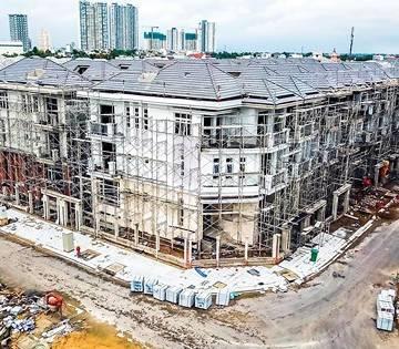 TP.HCM: Hàng trăm dự án 'tắc' vì bất nhất thủ tục