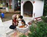 Đảo Chim Công hoàng hôn mưa xen nắng