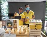 Hàng trăm mặt hàng tại 'Organic Town – GIS Market'