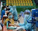 Thêm 1,2 triệu liều vắc xin AstraZeneca về đến sân bay Tân Sơn Nhất