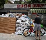 Rác thải bao bì tăng chóng mặt ở Trung Quốc