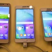 Hai dòng smartphone đầu tiên của năm 2016