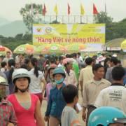 Hàng Việt về nông thôn hữu ích nhận diện thương hiệu