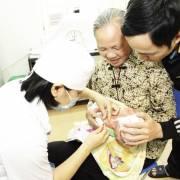 Hà Nội: 9h sáng mai, bắt đầu đăng ký tiêm vắcxin qua mạng