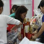 Hàng trăm món ngon đón Tết