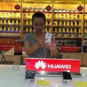 Smartphone Huawei đã xuất hiện tại Thế Giới Di Động