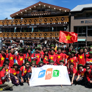 'Đại sứ' của FPT toàn cầu: Xuân này con không về…