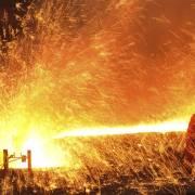 Cuộc chiến ngành thép: Thanh kiếm và lá chắn