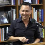 Cảm tình viên – một Việt kiều hai mặt