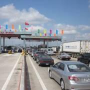 Chính phủ yêu cầu xả trạm thu phí nếu xảy ra ùn tắc trên 1 km