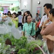 Thị trường thực phẩm hữu cơ, người mới hào hứng, người cũ e dè