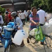 Miền Tây: 200.000 đồng một khối nước ngọt