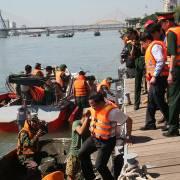 Tàu chìm ở Đà Nẵng chở gấp đôi số người quy định