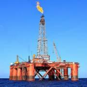 Múc thêm 2 triệu tấn dầu thô để kích thích tăng trưởng?