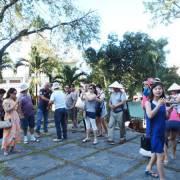 Nhiều khách sạn tại Nha Trang 'ưu ái' giá phòng cho khách Trung Quốc