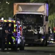 Pháp: 80 người thiệt mạng trong vụ khủng bố bằng xe tải