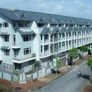 Bộ Xây dựng đề xuất kiểm soát tín dụng bất động sản cao cấp