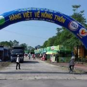 Khai mạc phiên chợ 'Hàng Việt về nông thôn' đầu tiên tại Quảng Ninh