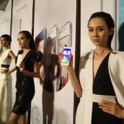 Smartphone Việt ra mắt để vụt tắt