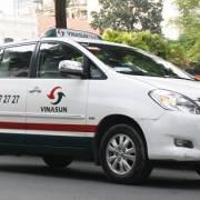 Uber và Grab khiến Vinasun gặp khó