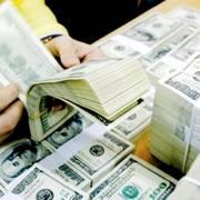 Đồng USD tăng mạnh, lập kỷ lục mới