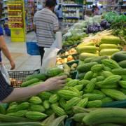 Hụt cung trong nước, rau củ quả Trung Quốc được dịp tràn vào