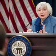 Fed chính thức nâng lãi suất thêm 0.25%