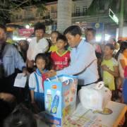 Bạc Liêu đón hai phiên chợ hàng Việt đầu năm 2017