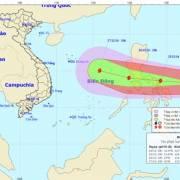 Bão Nock-ten giật cấp 15-17 hướng vào biển Đông, miền Trung mưa lớn trên diện rộng
