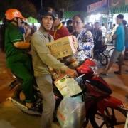 Hàng Việt về Bạc Liêu, cận Tết sức mua vẫn chưa cao