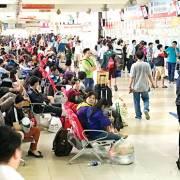TPHCM: Mỗi ngày có gần 200.000 người về quê đón tết