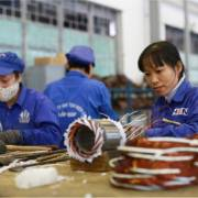 Bộ LĐ-TB&XH đề xuất lao động nữ về hưu ở tuổi 60 vào năm 2030