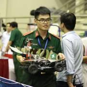 Đội Học viện Kỹ thuật quân sự vô địch cuộc thi 'Cuộc đua số năm 2017'