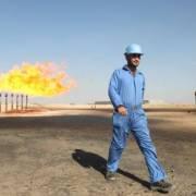 Giá dầu thế giới giảm khoảng 1%