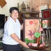 Công 'Sen' đưa sản phẩm của làng ra thế giới