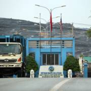 Chủ bãi rác Đa Phước bị phạt hơn 1,5 tỷ đồng