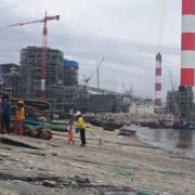 Nhận chìm gần 1 triệu m3 bùn thải xuống biển Bình Thuận: 'bản chất là xả thải'