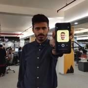 Sự khởi đầu của thế hệ 'phóng viên quần jeans' thạo smartphone