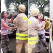 TPHCM: Một phụ nữ nắm cổ áo lớn tiếng với CSGT trên đường phố